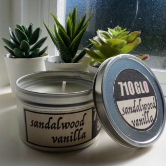 5.5oz Sandalwood vanilla soy candle