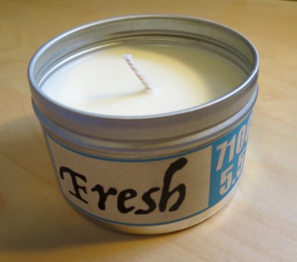 5.5oz Fresh scent soy candle