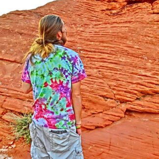 O25 - Adult Medium Tie Dye T-shirt - M - Pastel goth Green orange pink purple surreal psychedelic trippy tee